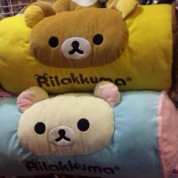 鬆弛熊1月景品—長抱枕,全2款。約長50cm