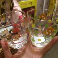 鬆弛熊專門店限定—玻璃水杯,全2款。